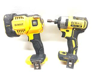 DEWALT 8 PIECE CUSTOM TOOL SET
